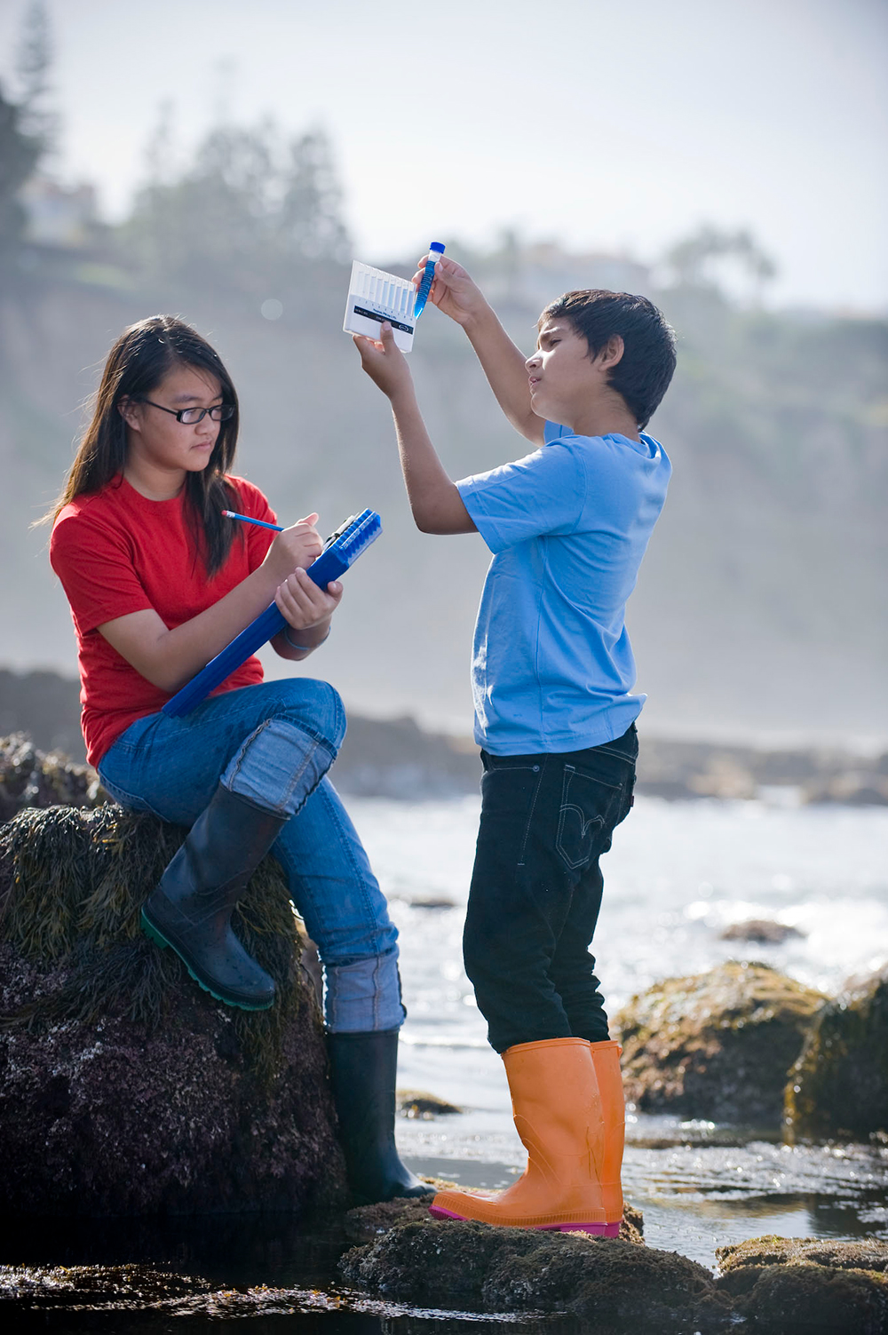 Students conducting field research. Photo credit: Ocean Discovery Institute